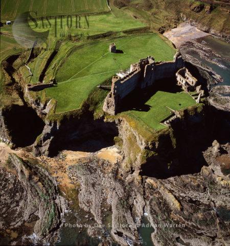 Tantallon Castle, East Of North Berwick, Scotland