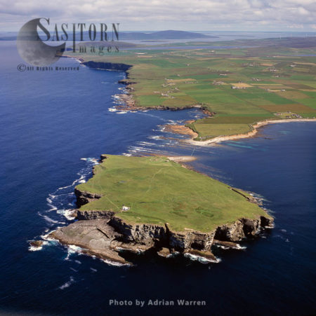 Brough Of Birsay And Lighthouse, An Uninhabited Tidal Island Off The North-west Coast Of The Mainland Of Orkney, Orkney Islands, Scotland