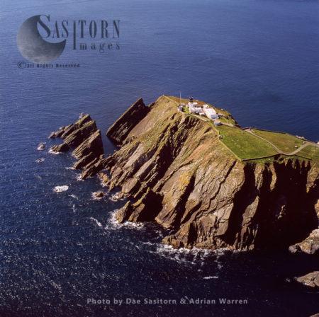 Sumburgh Head Lighthouse, Southen Tip Of Shetland Mainland