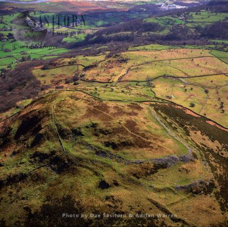 Pen Y Gaer, A Bronze Age Hill Fort Near The Village Of Llanbedr-y-Cennin, Conwy, Wales