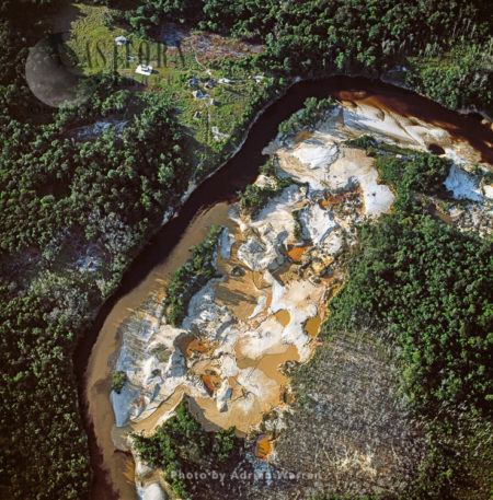 Gold Mining Site (April 2005) On The Upper Mazaruni River, Guyana, By The Akawaio Amerindian Settlement Of Kambaru.