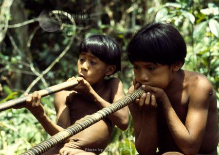 Waorani Indians : Learning How To Use Blow Gun, Rio Cononaco, Ecuador, 1983