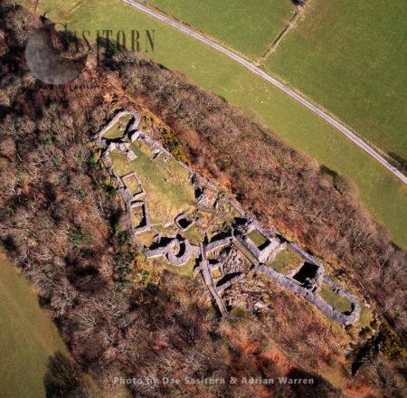 Castell Y Bere, A Castle Near Llanfihangel-y-pennant In Gwynedd, North Wales